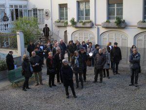 Al pati interior de Casa Nostra, al carrer de Jacint Verdaguer.